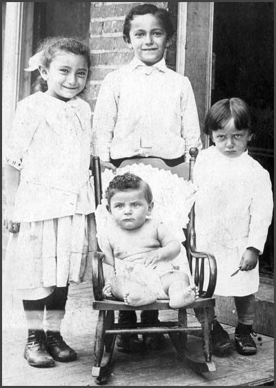 Papa and sibs, about 1915
