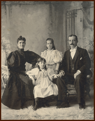 1895 Grandma and family