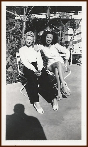 1940s Helen and Dorothy