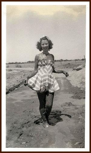 1940s Dorothy in mud